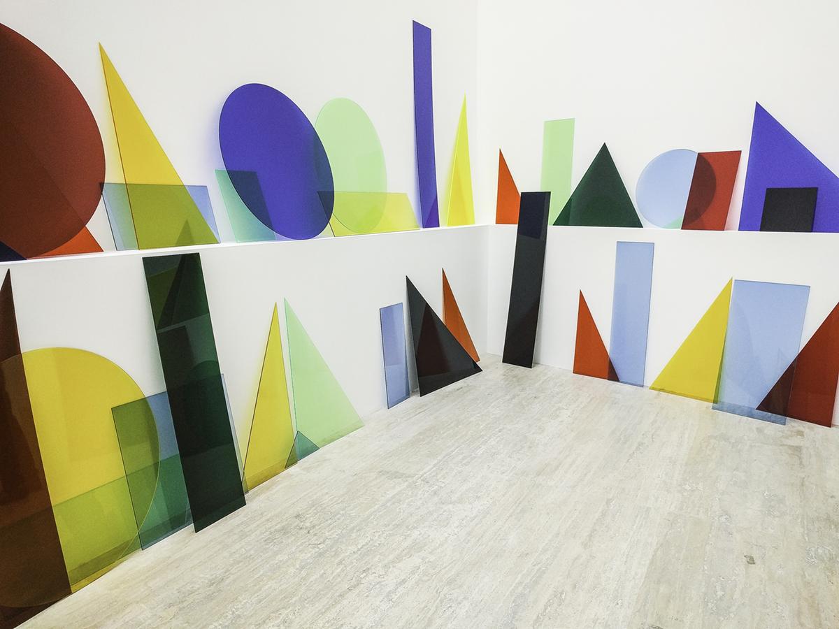 'A ∩ B ∩ C' (2013) by Amalia Pica